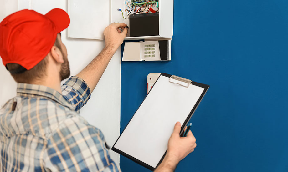 electrician inspect panel