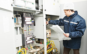 electrician troubleshooting high voltage line